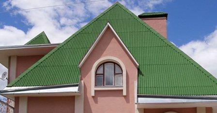 ондулин на крыше дома в Оленевке