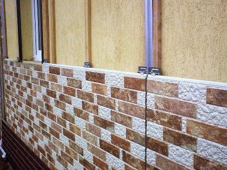 Купить выгодно фасадные панели для наружной отделки дома («под камень», «под кирпич») предлагает по доступной цене в Симферополе «Завод кровельных материалов»