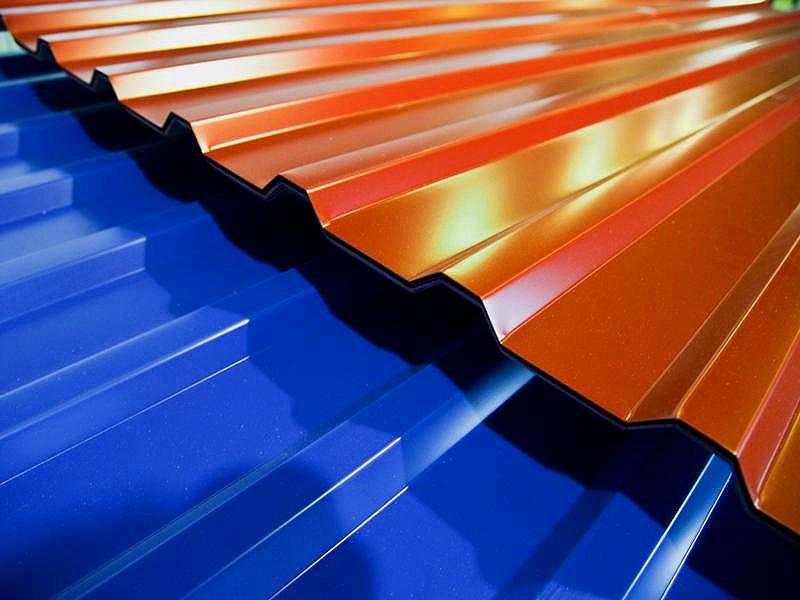 Купить профнастил, металлопрофиль или профлист от производителя по выгодной цене в Феодосии предлагает «Завод кровельных материалов»