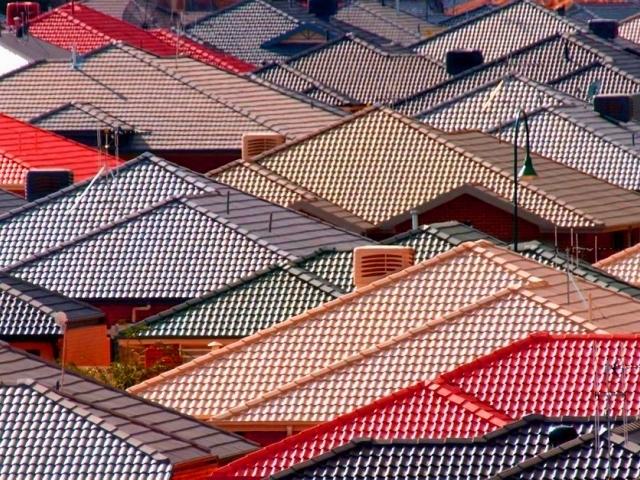 Купить металлочерепицу по выгодной цене в Джанкое предлагает компания «Завод кровельных материалов»